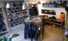 Foto showroom Bedrijfskleding handelshuis